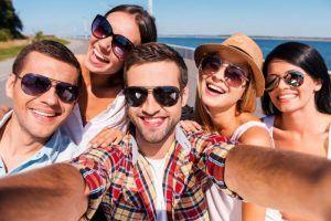 راهنمای خرید و قیمت بهترین مارک عینک افتابی اصل مردانه و زنانه